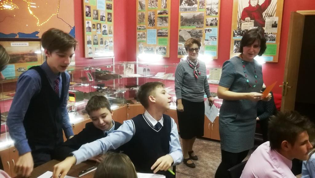 Урок математики в музейном интерьере провели для семиклассников из Измайлова