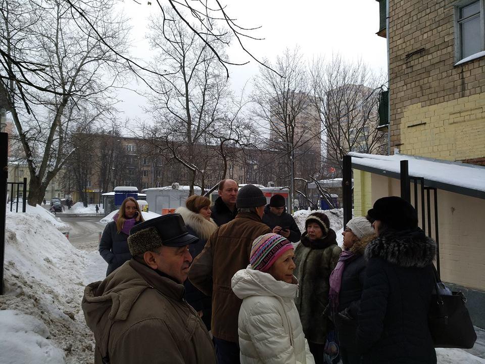 Михаил Довбня посетит дворы на Первомайской и 8-й Парковой