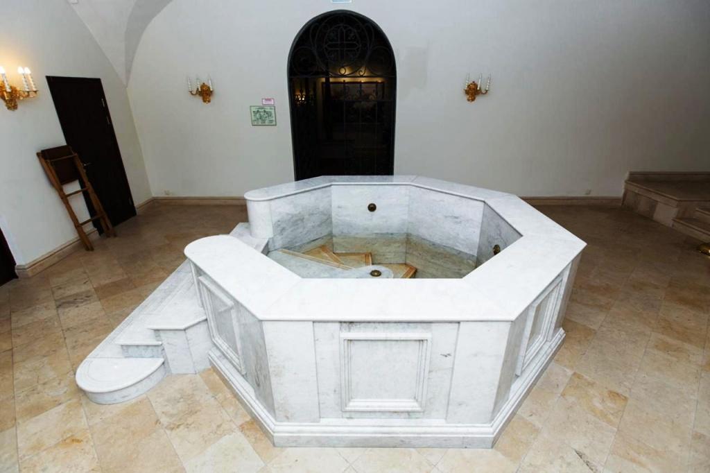 В крещенскую ночь верующие смогут окунуться в купель при храме святого апостола Иоанна Богослова