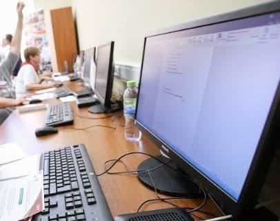 Для пенсионеров открыли курсы по финансовой грамотности